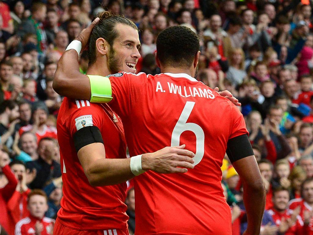 Bale pede renovação do selecionador: «O que fez por Gales é impressionante»