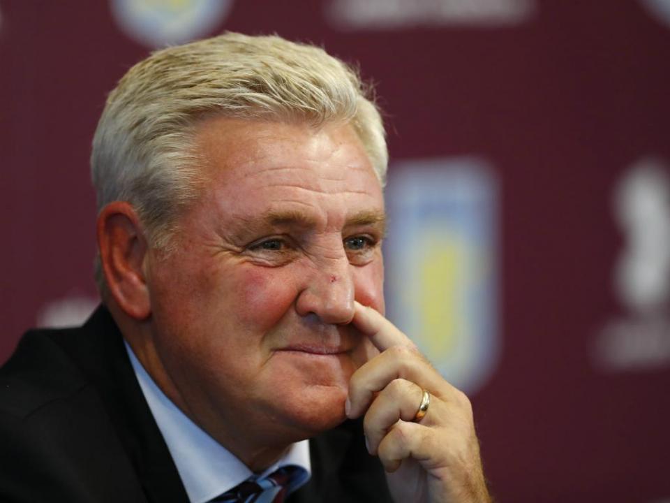 Inglaterra: equipa de André Moreira despede o treinador