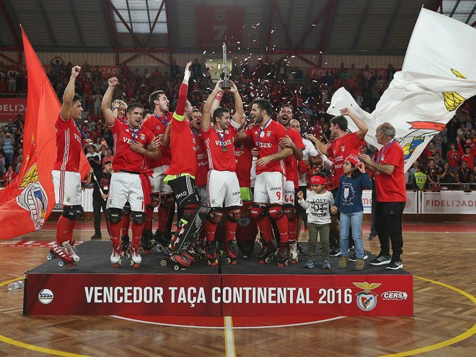 Hóquei: Benfica renova com guarda-redes