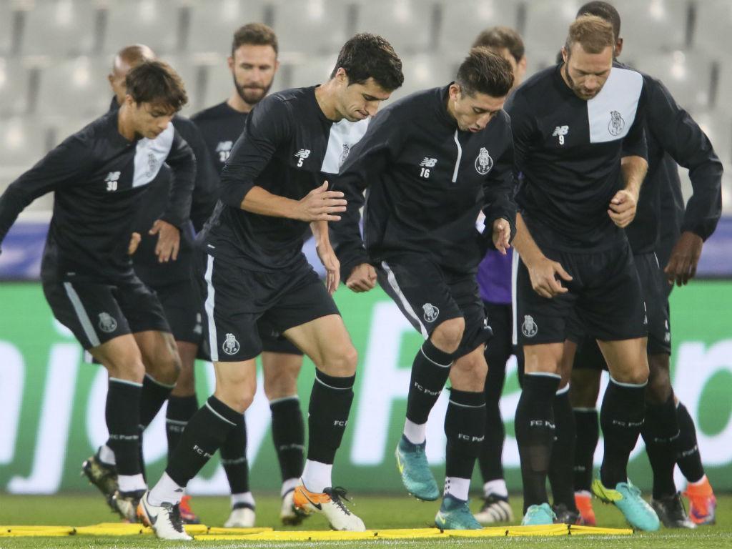 FC Porto: treino com todos à disposição de Nuno