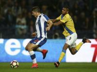 FC Porto vence Arouca e é líder à condição