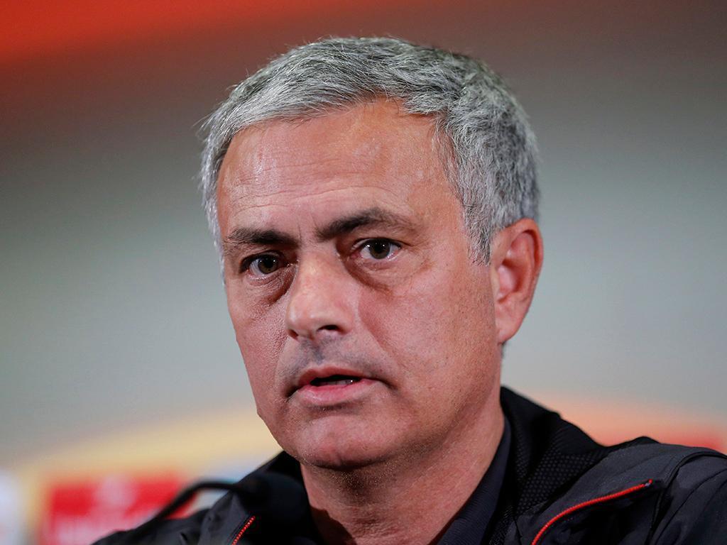 Mourinho atribui aos adeptos a paixão que tem pelo Manchester United