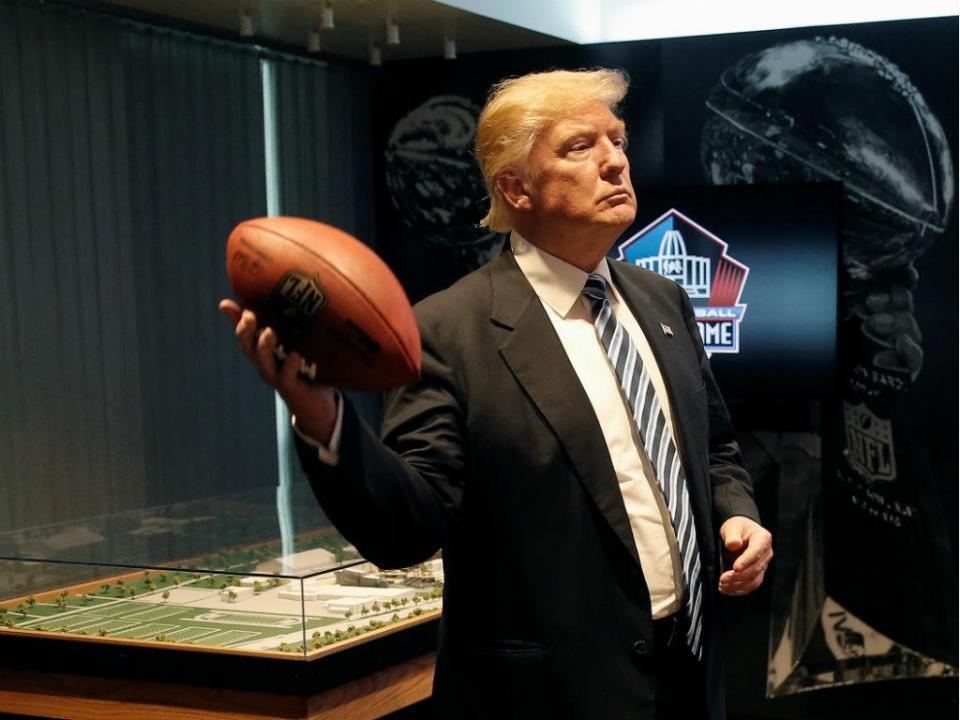 NFL: vários jogadores desafiam Trump com protestos durante hino