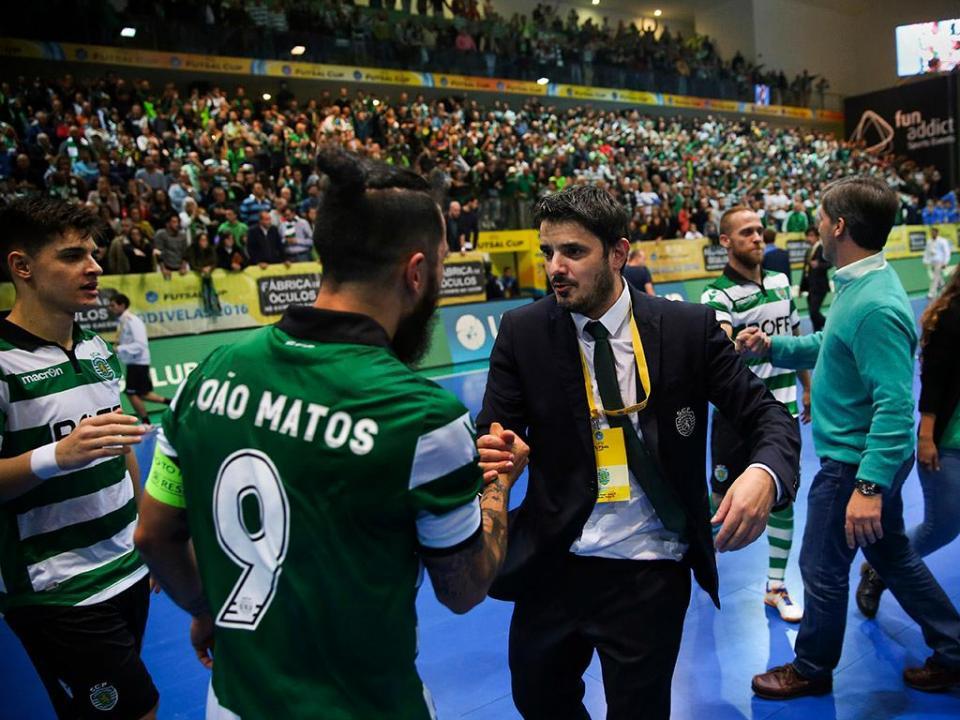 Futsal  Sporting vence Benfica e conquista mais uma Taça de Honra ... 5323e79864110