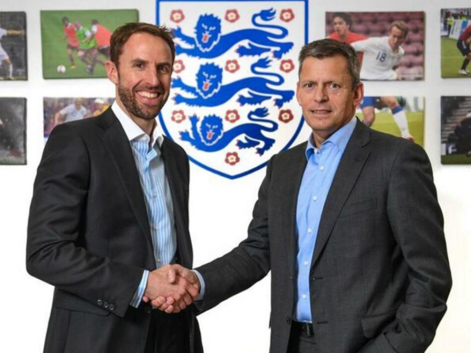 Inglaterra: Gareth Southgate renova contrato