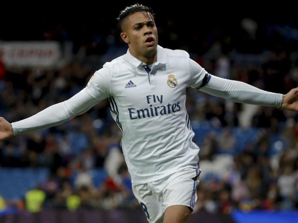 OFICIAL: Real Madrid resgata Mariano Díaz ao Lyon