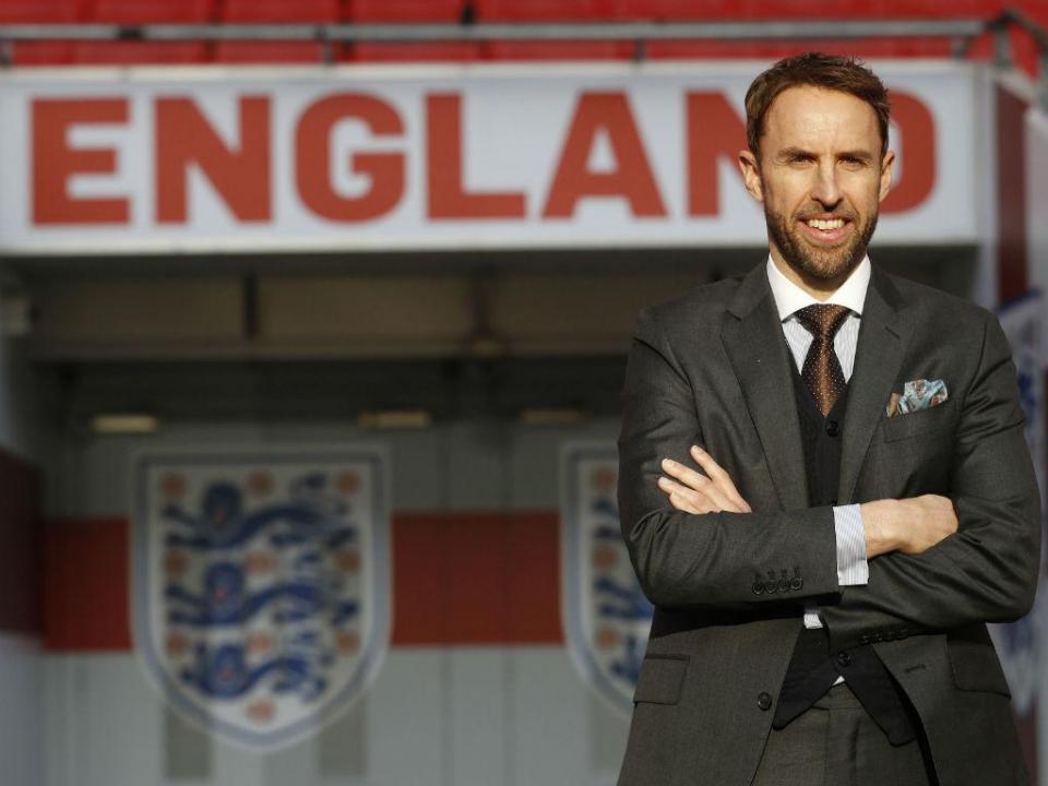 Inglaterra: Southgate admite treinar penáltis em particulares