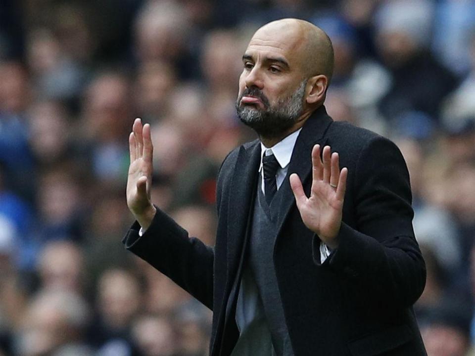 Presidente do Man City confirma que vai anunciar guarda-redes