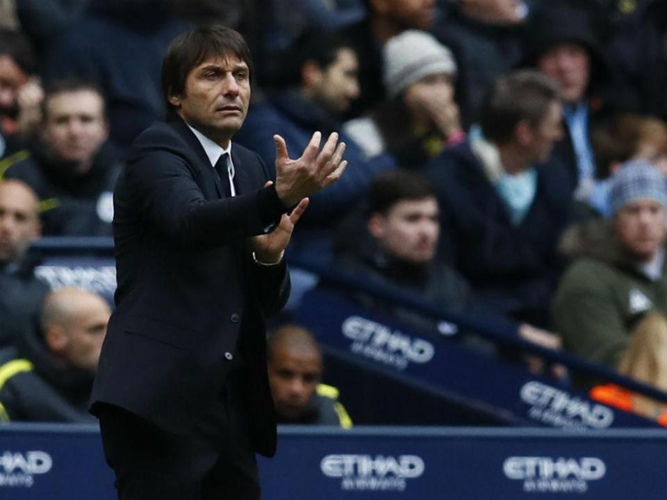 Conte quer ficar no Chelsea, mas admite um problema