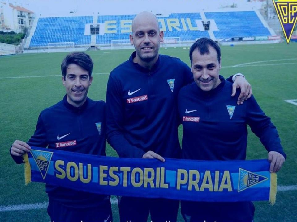 Estoril oficializa Pedro Gomez Carmona como treinador