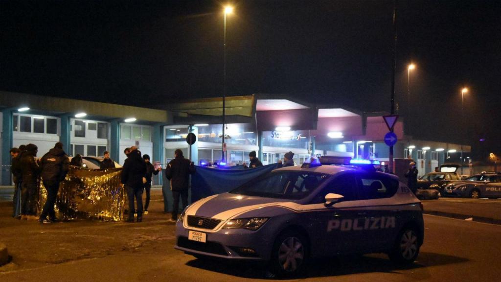 Ex-jogador do Parma detido por assassinar mãe e irmã