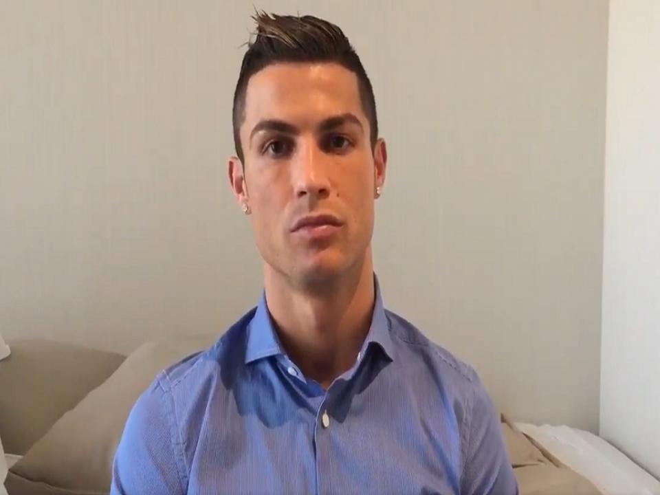 VÍDEO  Ronaldo deixa mensagem a crianças que sofrem na Síria ... 8ab7b866dcc4e