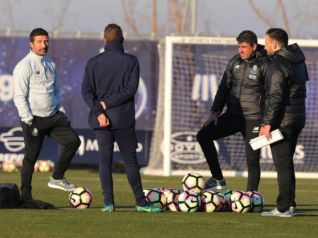 Golo de Madi Queta vale triunfo aos bês do FC Porto