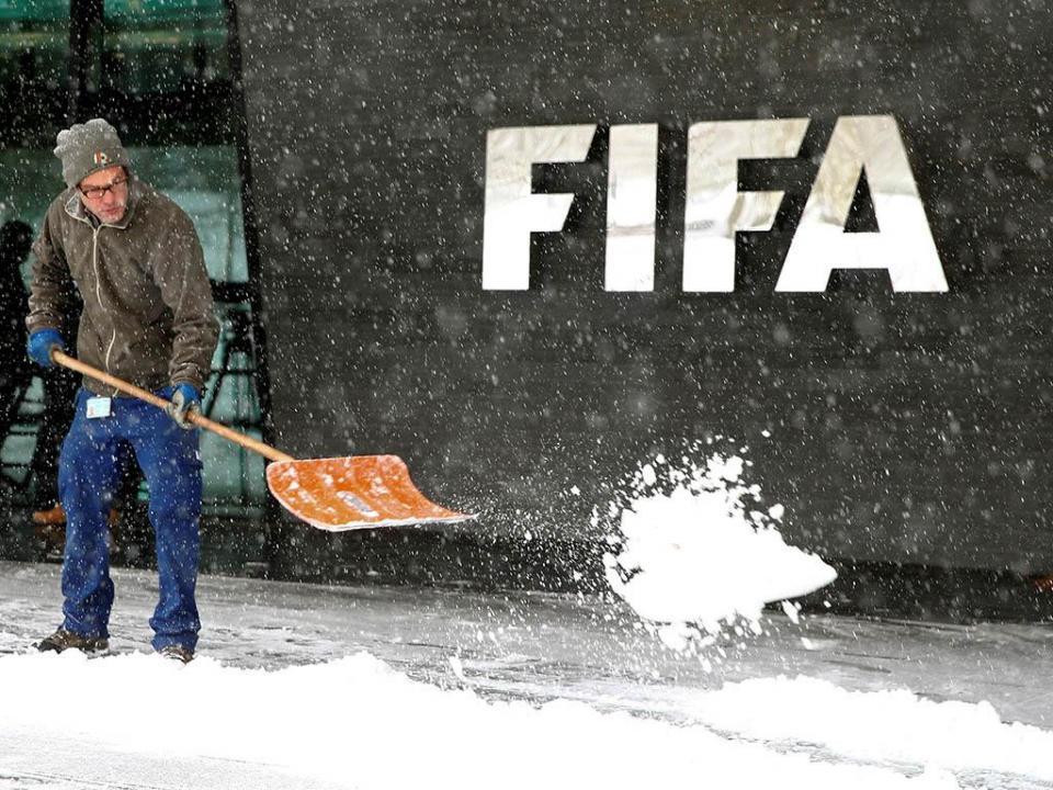 FIFA desloca-se a Madrid para avaliar crise na federação espanhola