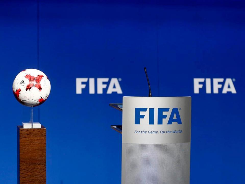 FIFA planeia limitar número de jogadores emprestados pelos clubes