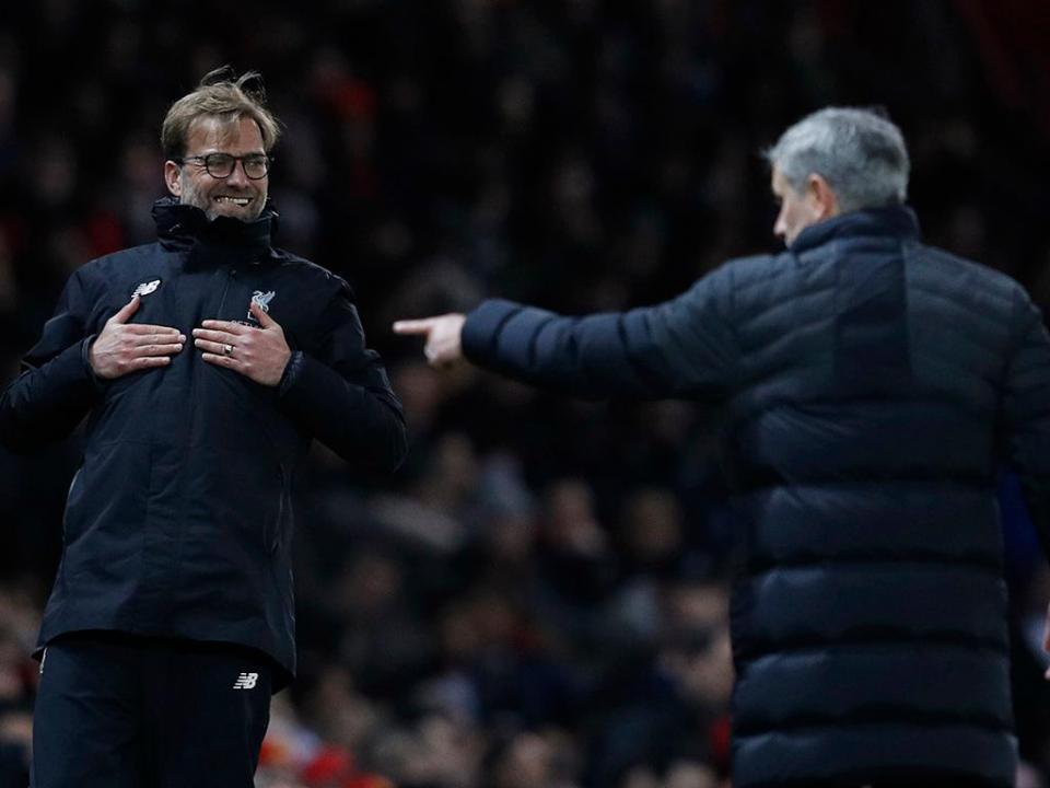 Mourinho atira-se a Klopp por causa da contratação de Van Dijk