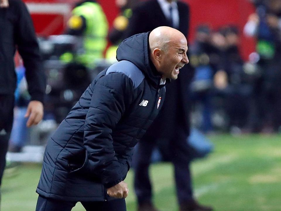 Sevilha tropeça com aflito Sp. Gijón e é apanhado pelo Atl. Madrid