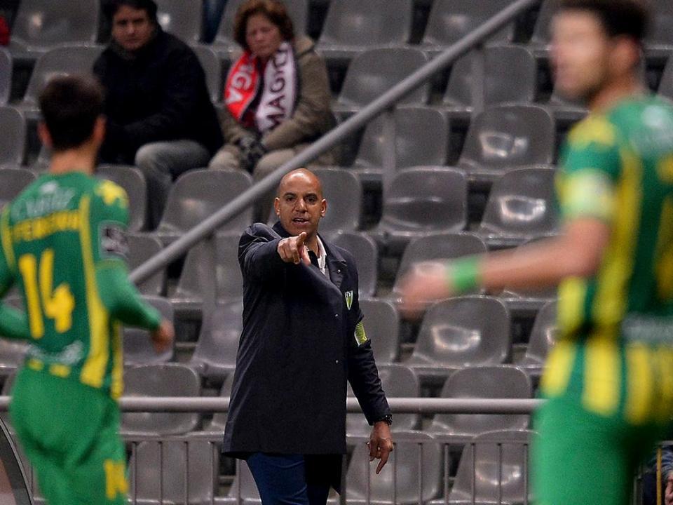 Tondela arranca pré-temporada com dois reforços