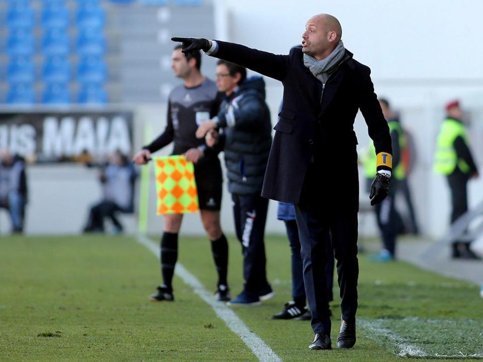 Estoril: Carmona sai com pior registo dos 28 treinadores da Liga 16/17