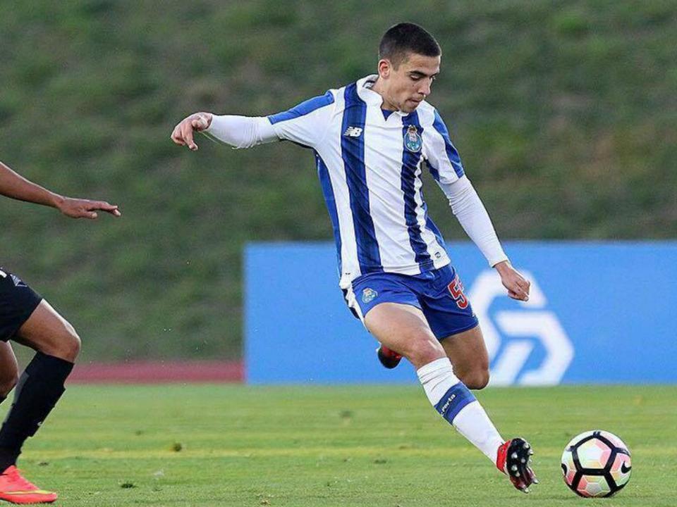 OFICIAL: FC Porto empresta Luís Mata