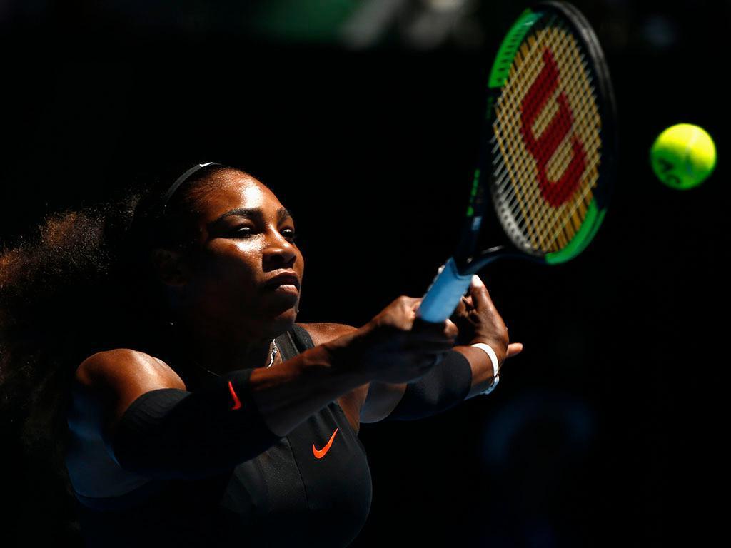 Ténis: grávida, Serena Williams quer voltar ao circuito em 2018