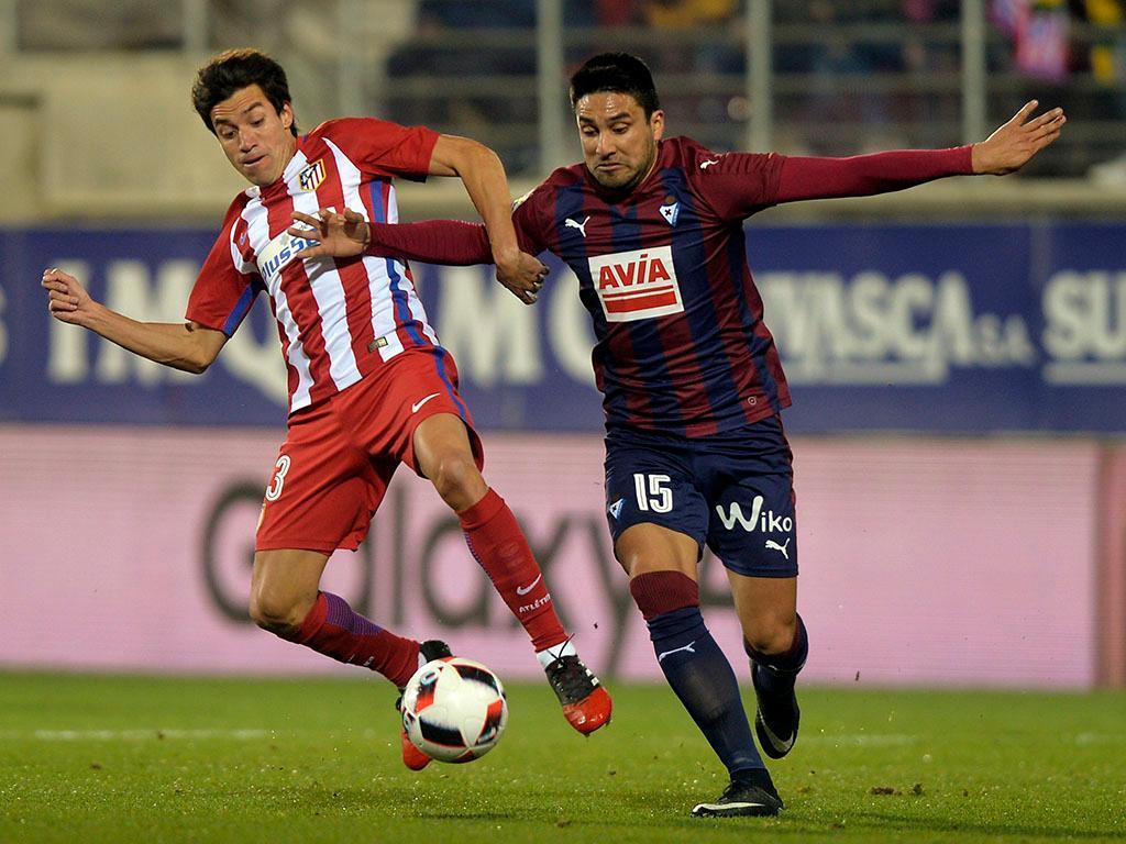 OFICIAL: Carrasco e Gaitán juntam-se a José Fonte na China