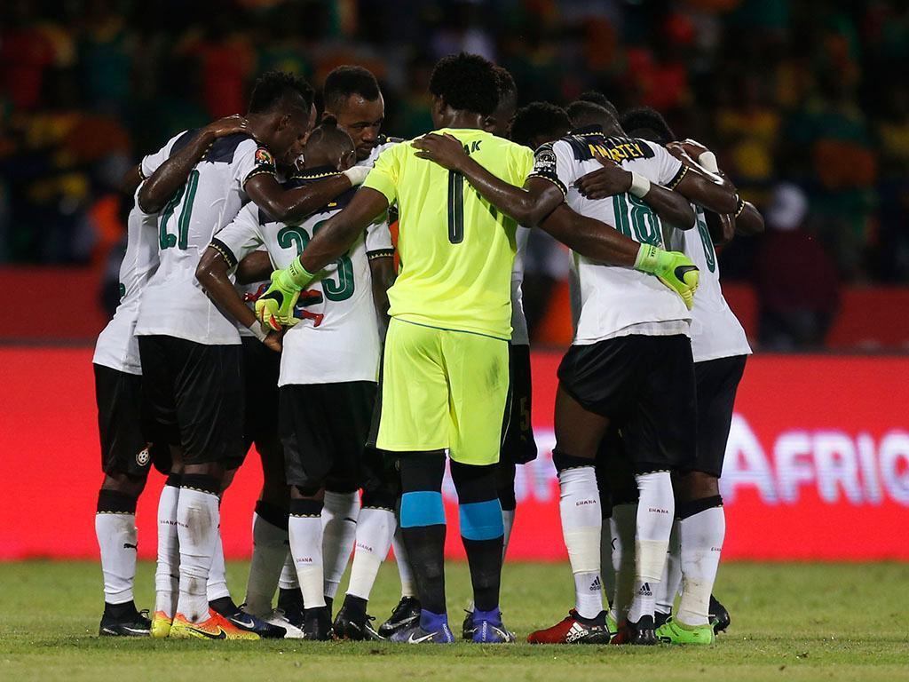 VÍDEO: Gana afastado do Mundial mas com queixas do árbitro