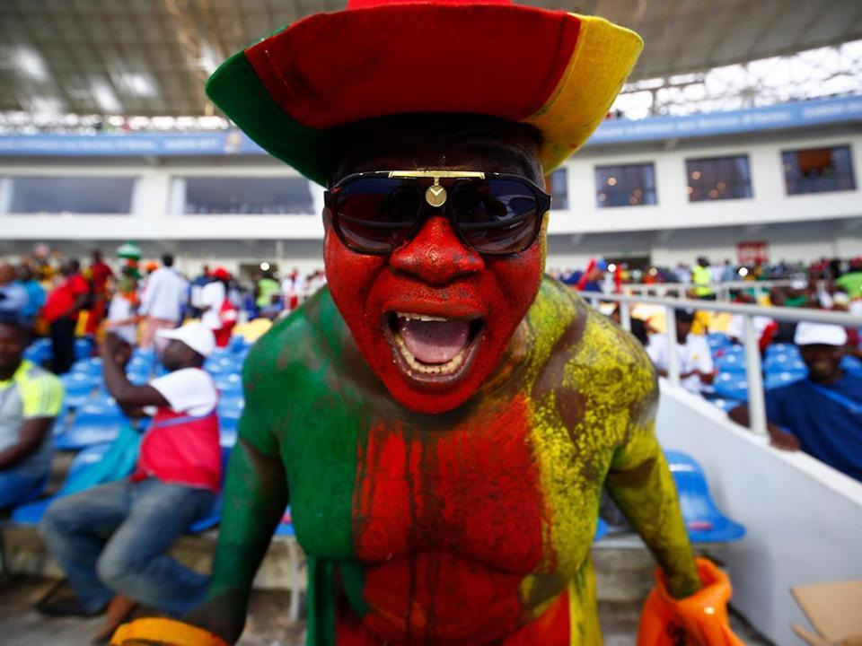 Camarões suspende campeonatos por falta de dinheiro, a um ano da CAN