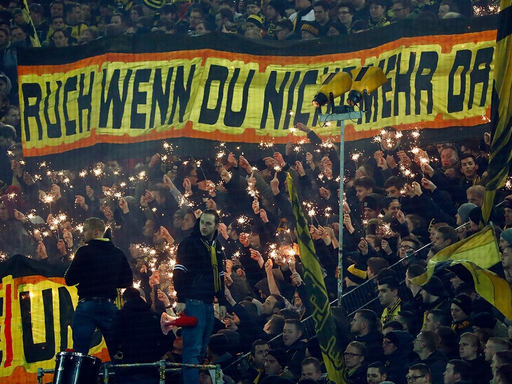 Dortmund: sobe para 61 a contagem de adeptos suspeitos por desacatos