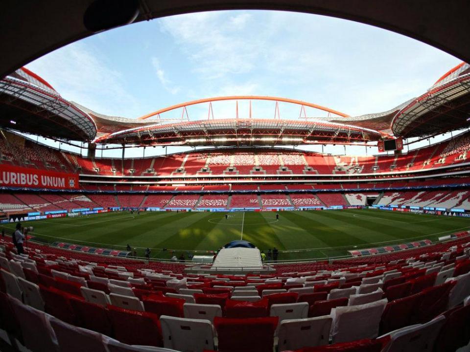 Há mais de 20 anos que Benfica não sofria cinco derrotas em casa