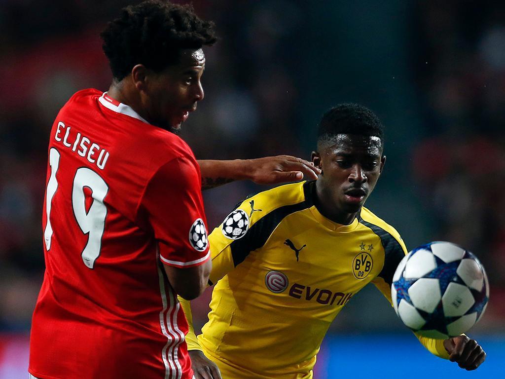 Borussia Dortmund mantém Dembélé suspenso