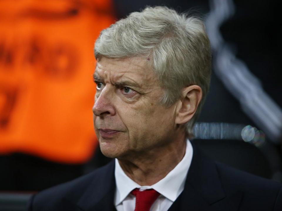 Wenger: «Barcelona? Não estou à procura de trabalho»