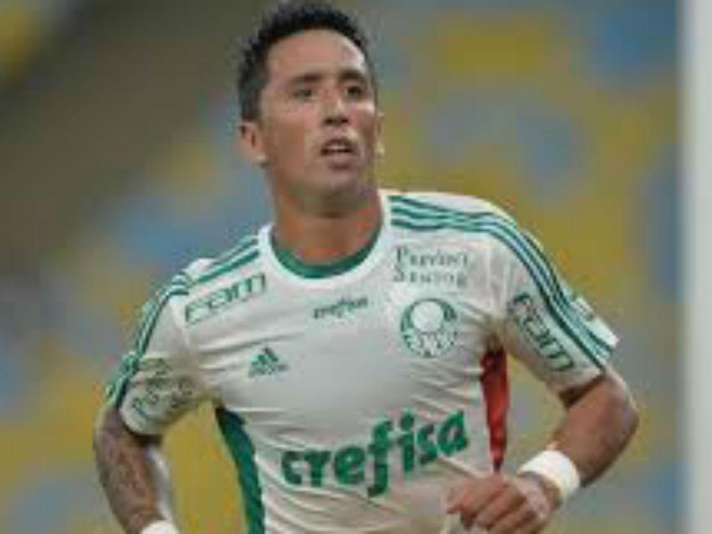 OFICIAL: Lucas Barrios regressa ao Argentinos Juniors