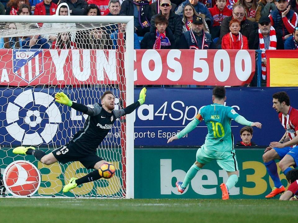 Atl. Madrid: Oblak volta a vencer Troféu Zamora