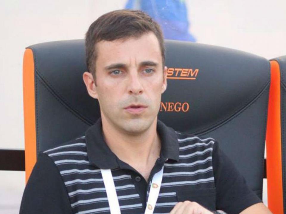 Manuel Ramos deixa comando de clube de Omã