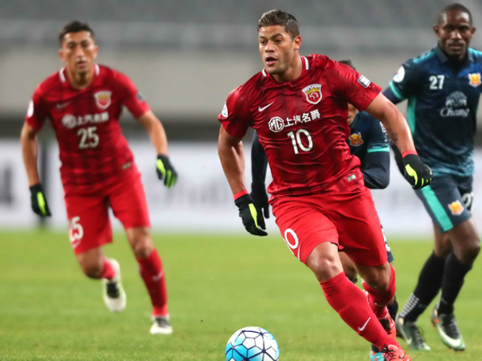 Hulk bisa e mantém esperanças de Vítor Pereira na Champions asiática