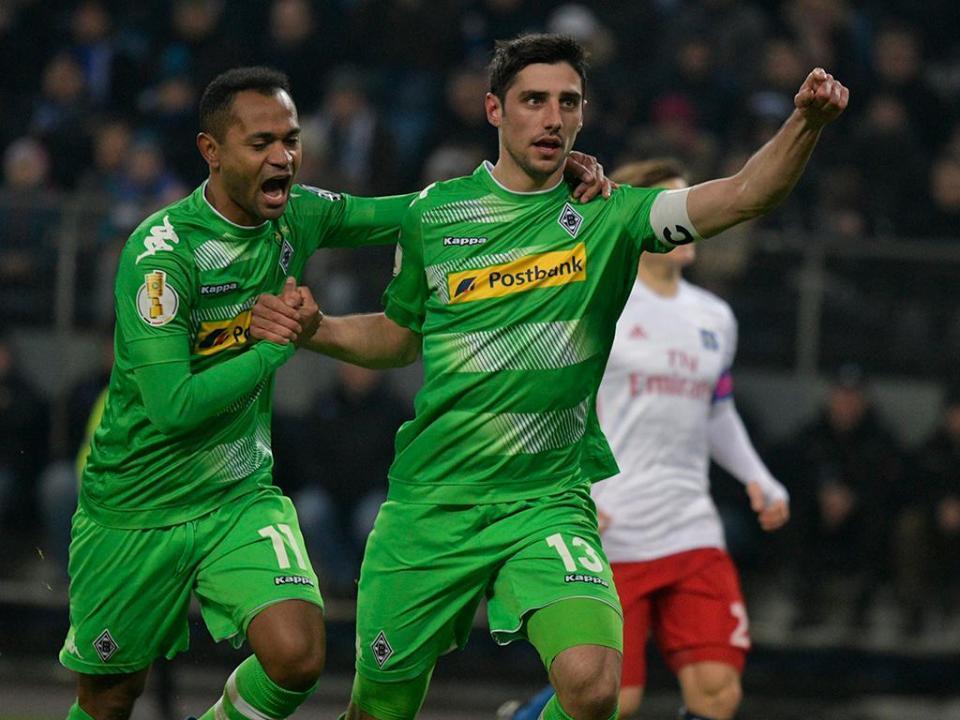 Taça da Alemanha: Mönchengladbach nas «meias» com dois penáltis