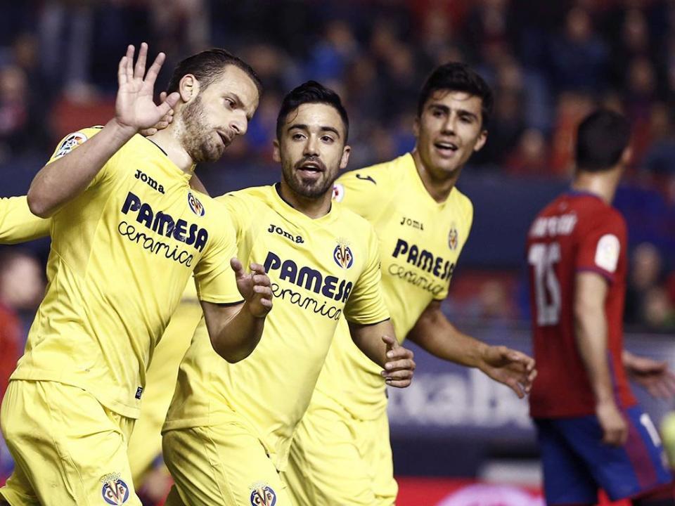 Villarreal vence Espanhol de Diego Reyes