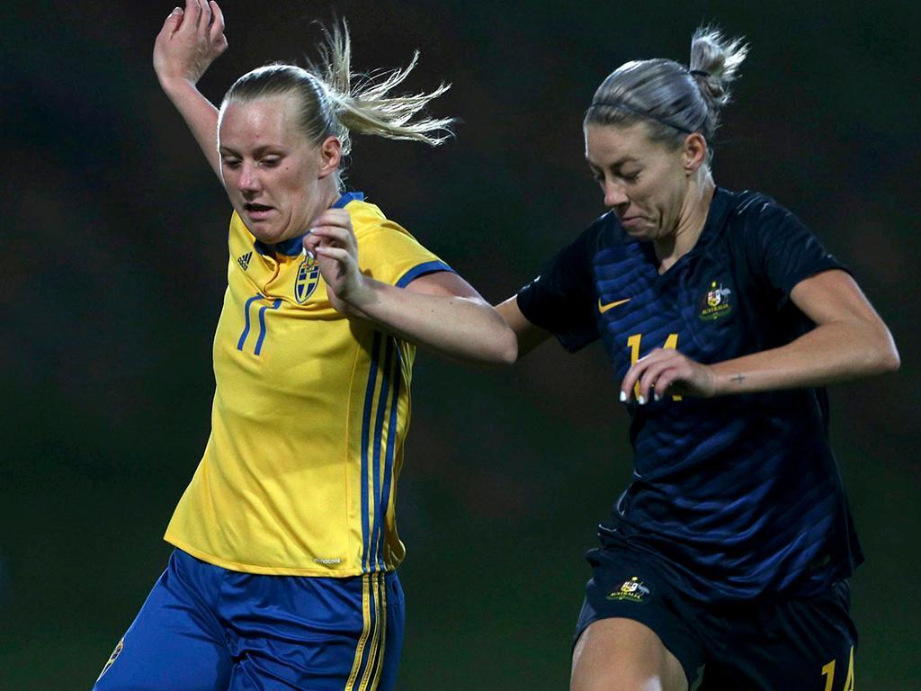 Euro feminino: Holanda e Dinamarca seguem em frente