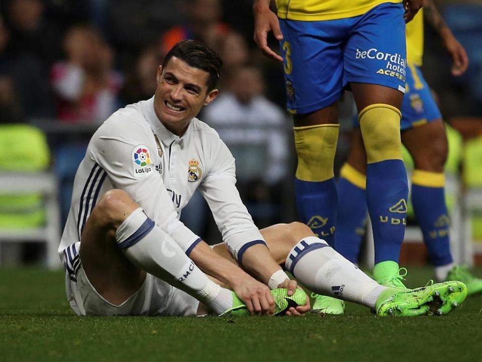 Espanha: Ronaldo à parte no treino do Real Madrid