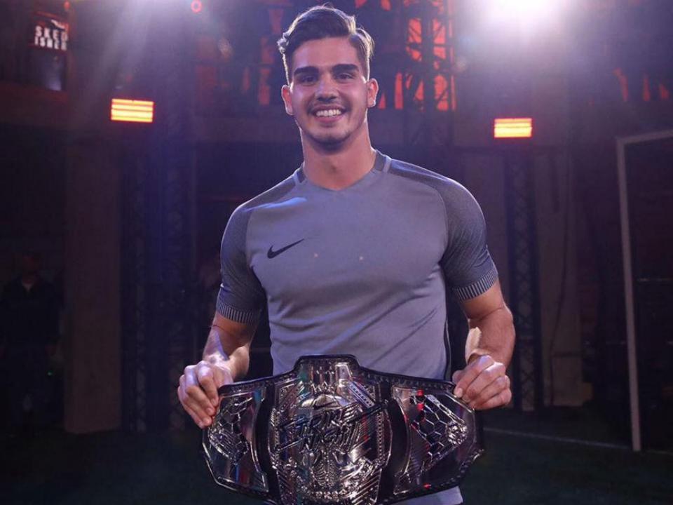 André «The Fighter» Silva vence duelo de goleadores em Londres