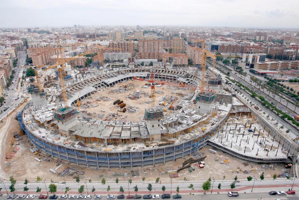 Valência planeia mudar-se para o novo estádio em 2021