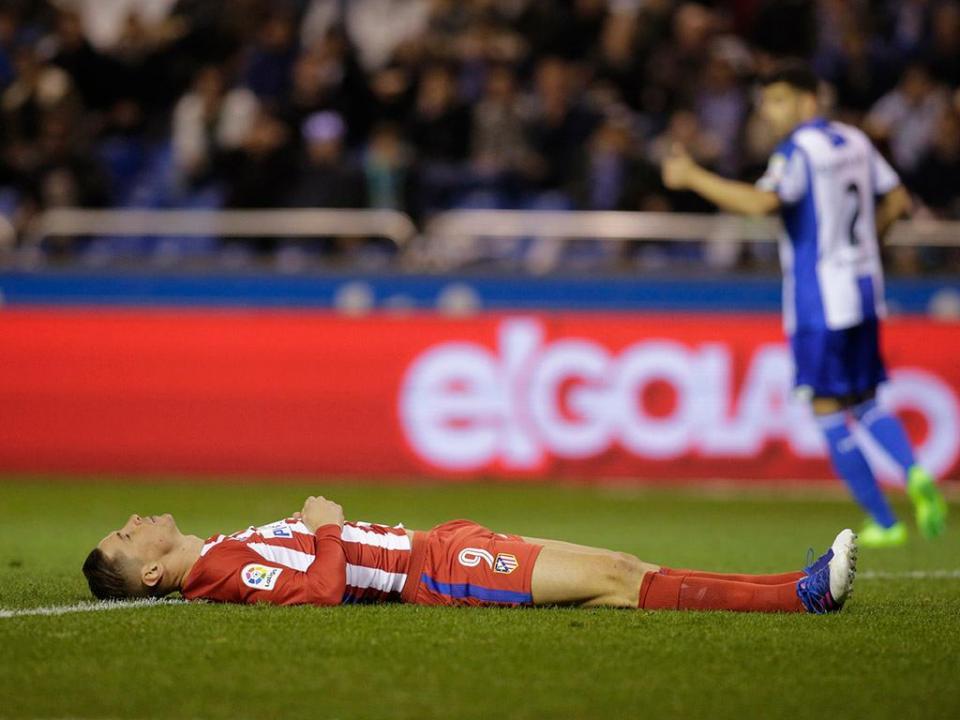 At. Madrid: Torres voltou aos treinos, mas à parte