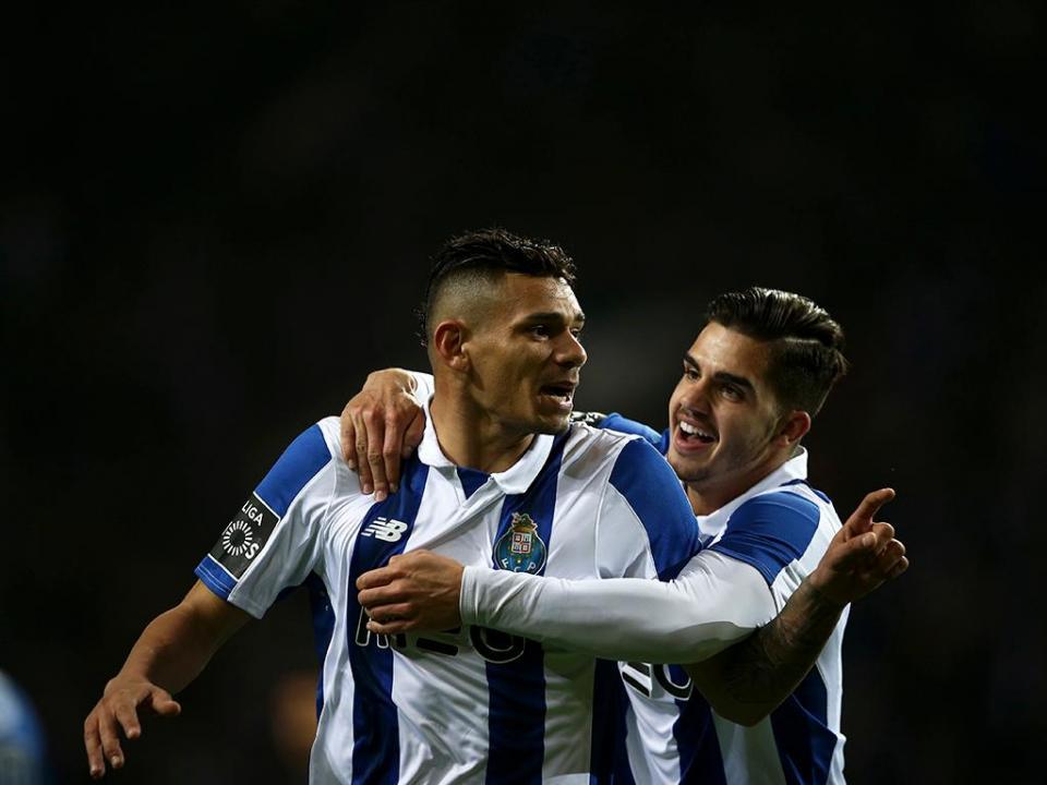 Soares: «Sinto-me um jogador à Porto»