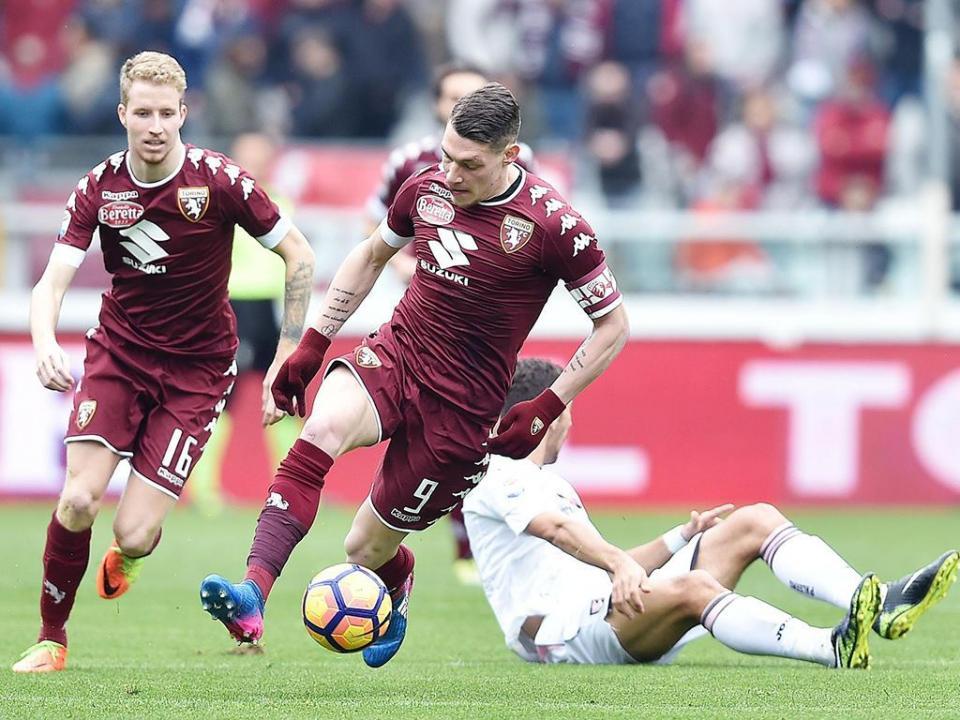 Itália: Torino evita derrota com dois golos em 14 minutos