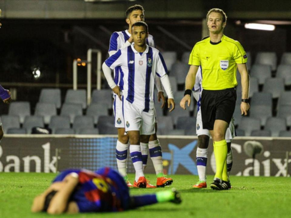 Youth League: balde de água fria para FC Porto em Barcelona (1-2)