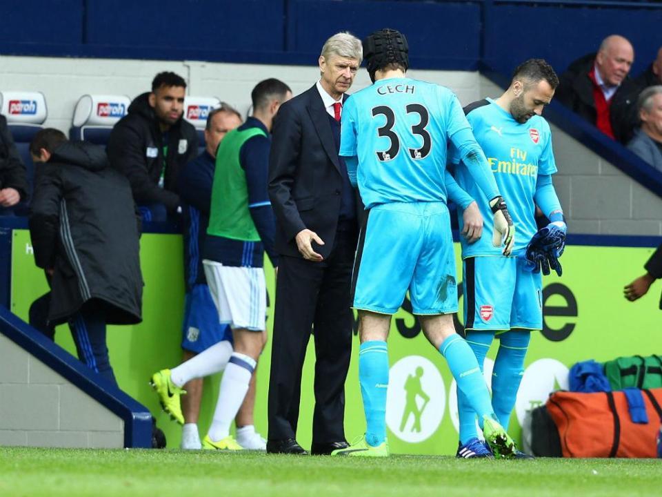 Cech recorda estilo de Wenger: «Não é assim que se ganha o campeonato»