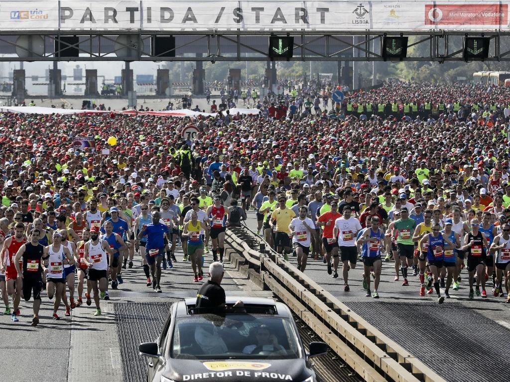 Erick Kiptanui e Etagegne Woldu vencem meia maratona de Lisboa