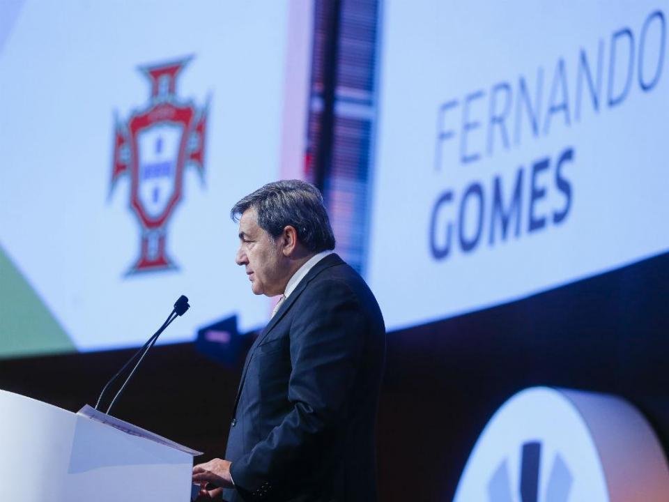 Fernando Gomes lidera comitiva nacional no sorteio do Mundial 2018
