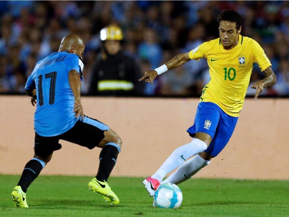 Brasil: Neymar está apto e aponta já aos particulares